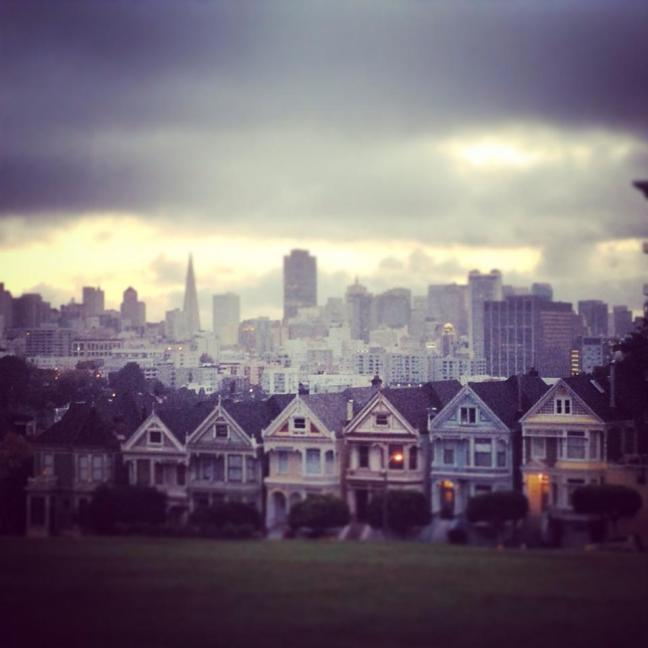 alamo square morning